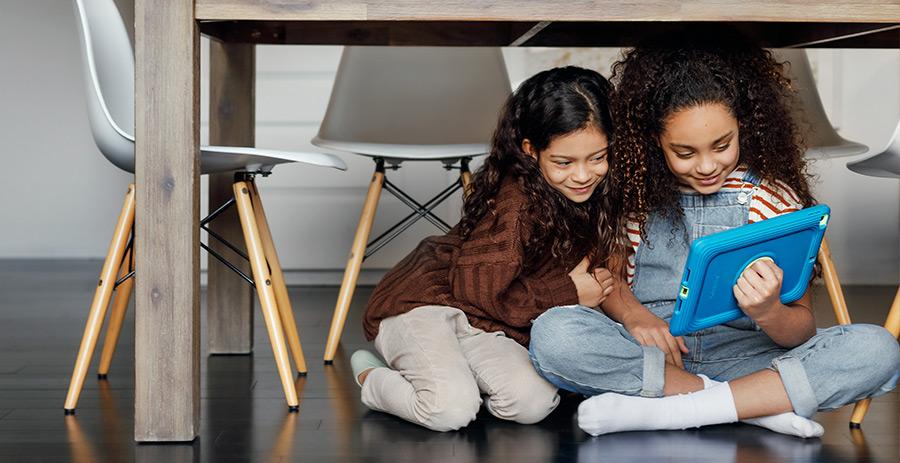 OtterBox Kids Easygrab case for iPad 10.2 (2019/2020) (7th/8th Gen) and iPad Mini 5 (2019)